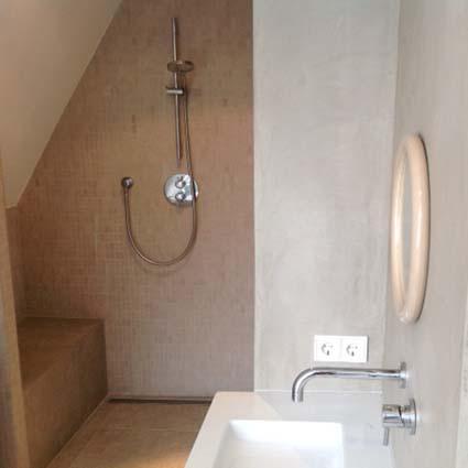 Mooihuis 2018 » watervaste stuc badkamer | Mooihuis