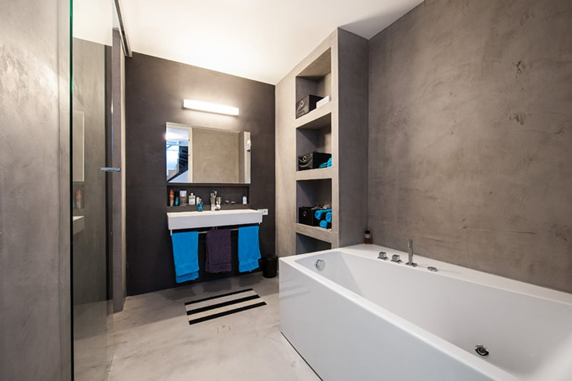 StucDeco badkamer in Wageningen | Ecowonen