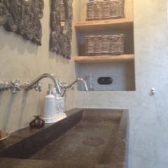 Fraaie stucdeco badkamer in Didam - Ecowonen